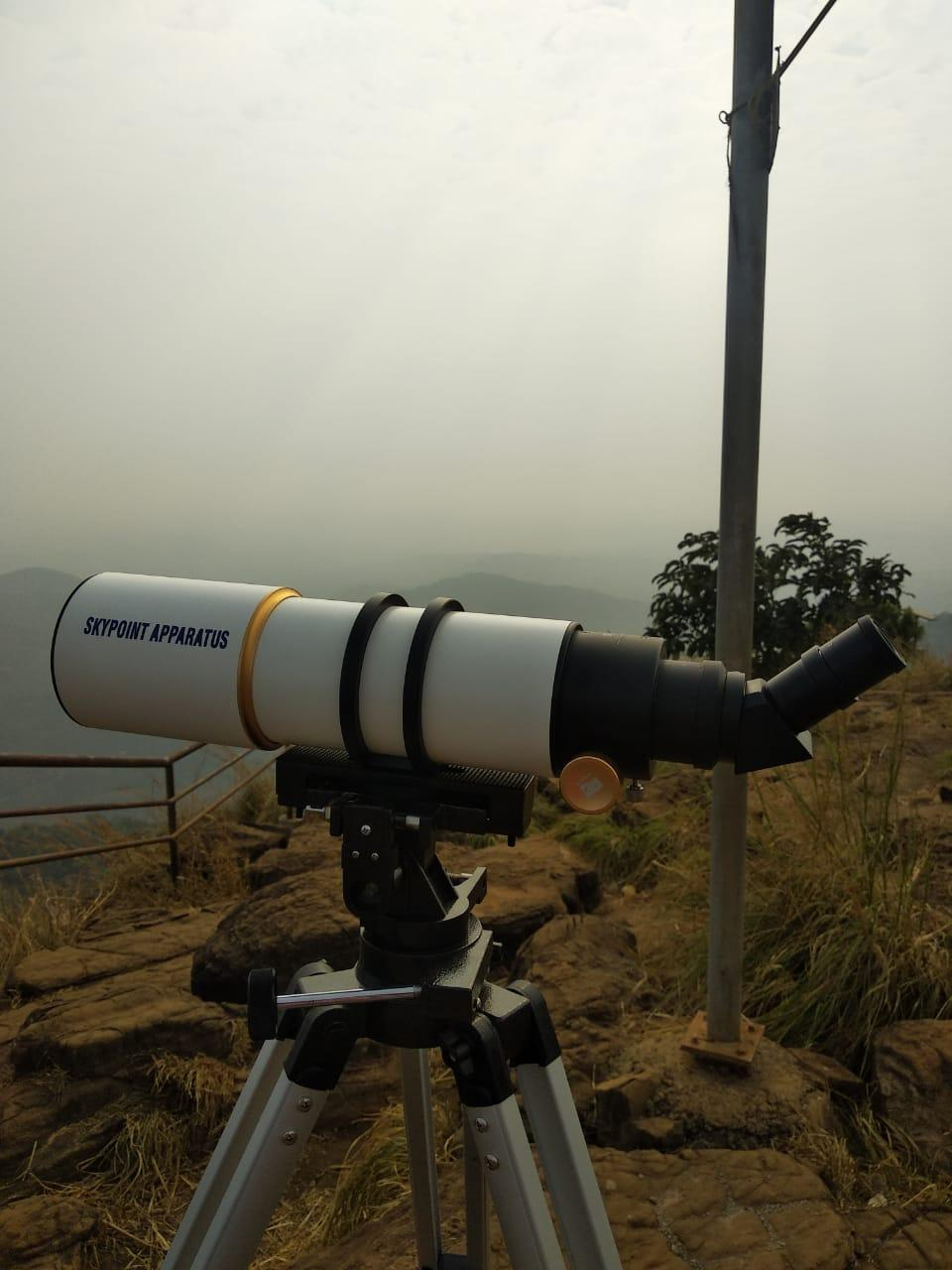Skypoint 90 mm Professional Refractor Telescope FMC Double Speed